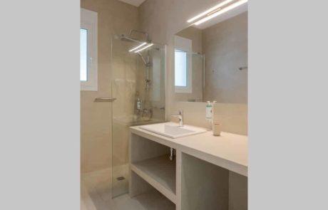 Medea-Bathroom